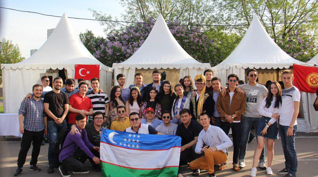 Узбекистан в числе лидеров по количеству студентов в России