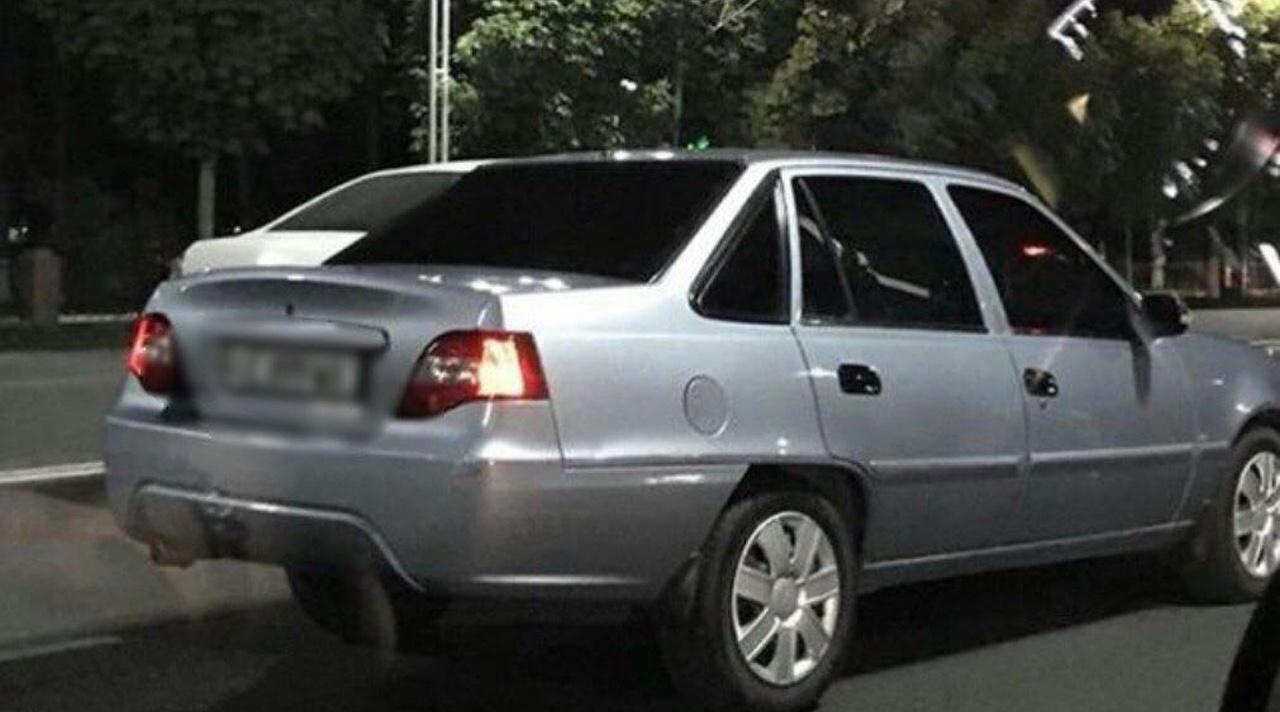 ВУзбекистане разрешено тонировать автомобили