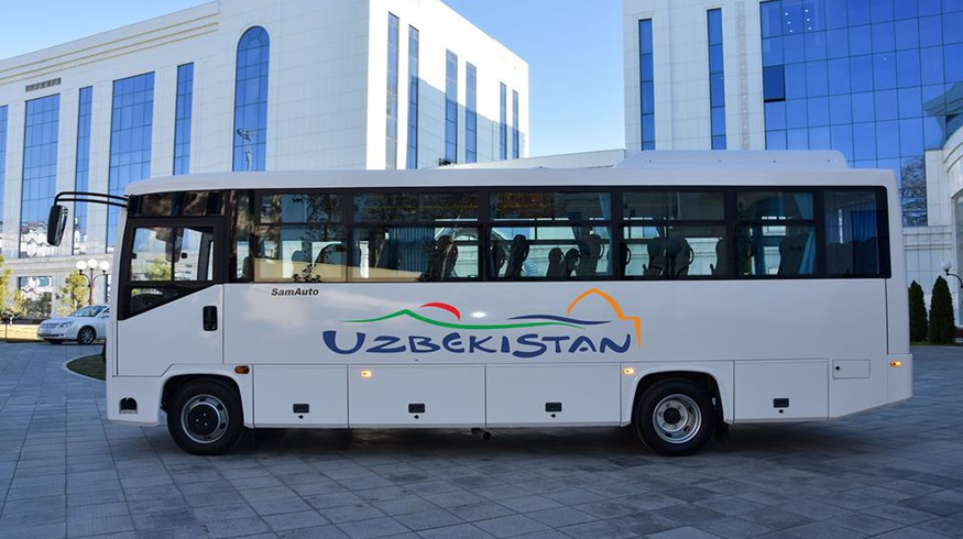 В Узбекистане выпустили специальные автобусы для туристов (фото)