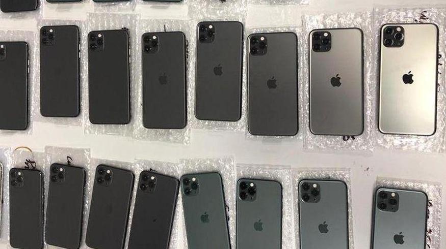 Мужчина обманул своего бизнес-партнера и потратил на собственные нужды выручку от продажи 5 788 телефонов.